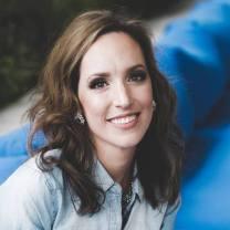 Stacey Lynn Author Photo